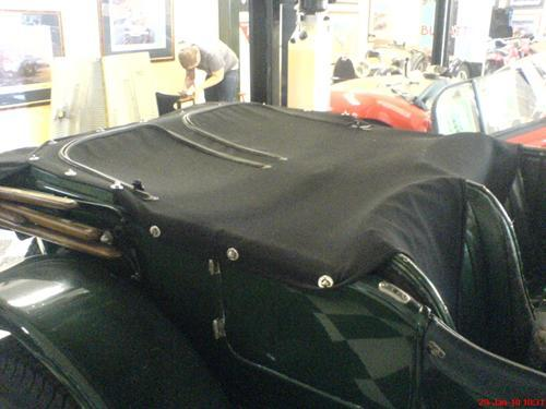 Bentley half tonneau