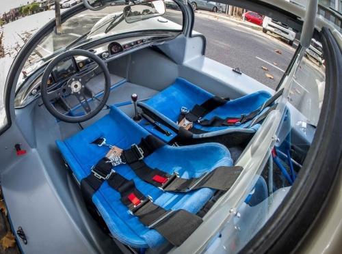 Porsche 906 seats